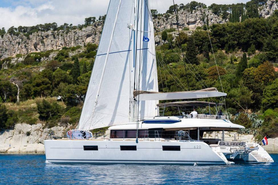 lagoon-620-croatia-charter