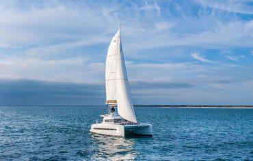 Catamaran Bali 4.3 sailing with fully open sails in Croatia